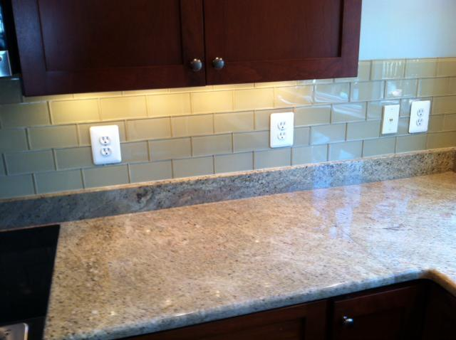 Image of: Cool Peel And Stick Glass Tile Backsplash Ideas
