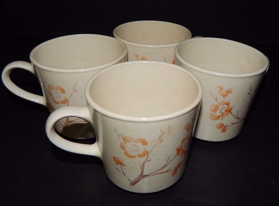 Image of: Corning Corelle Mugs
