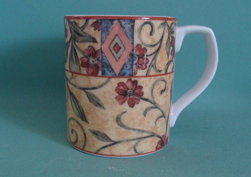 Image of: Elegant Royal Doulton Mug White