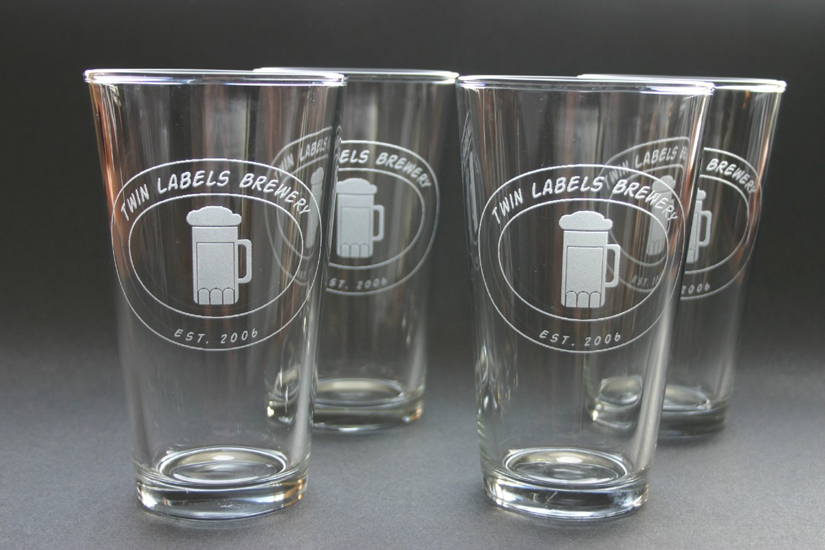 Image of: Engraved Beer Mugs Sets