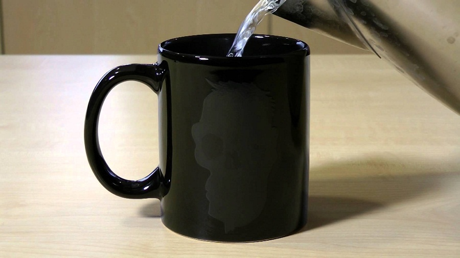 Image of: Heat Sensitive Mug in Black