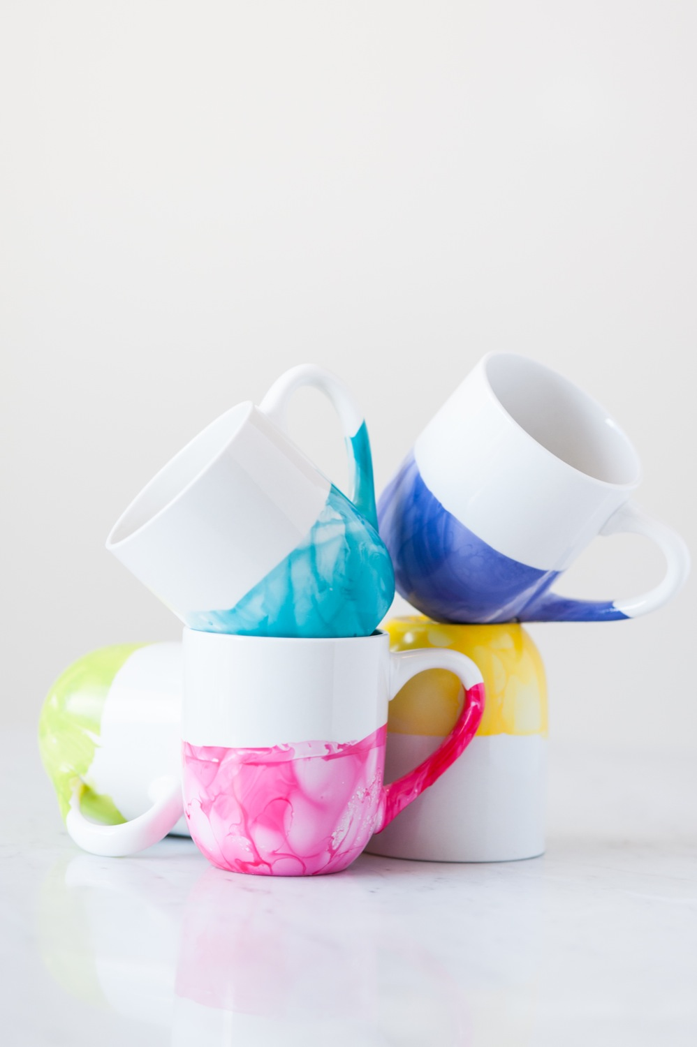 Image of: Rainbow Marble Mug