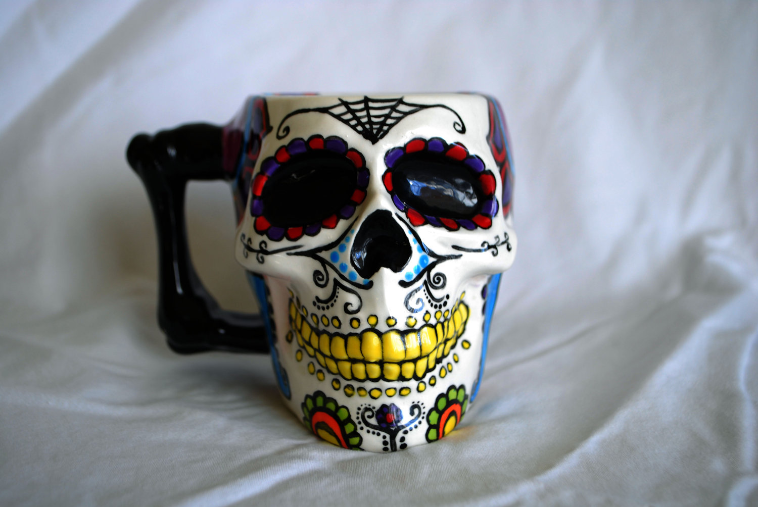Image of: Skull Mug Paint
