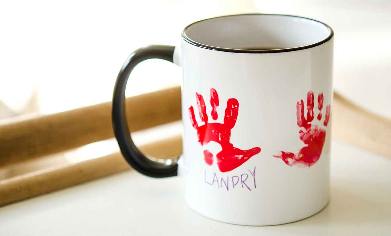 Image of: Walgreens Custom Mugs Hand Print
