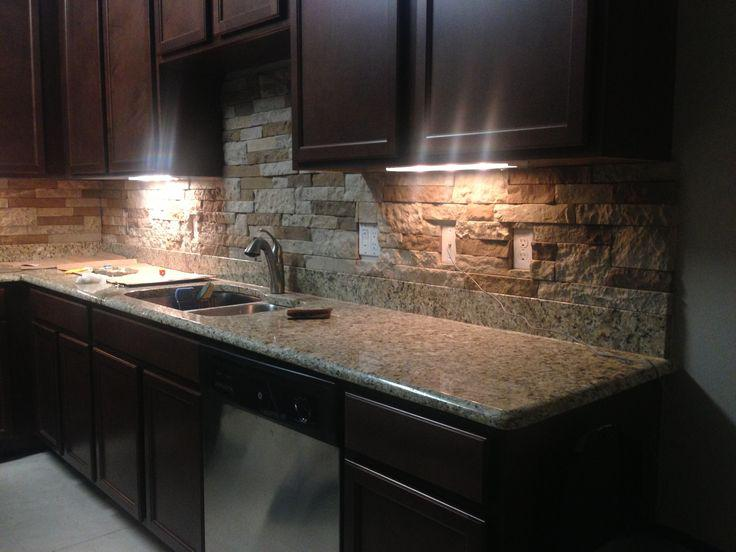 Image of: airstone backsplash colors