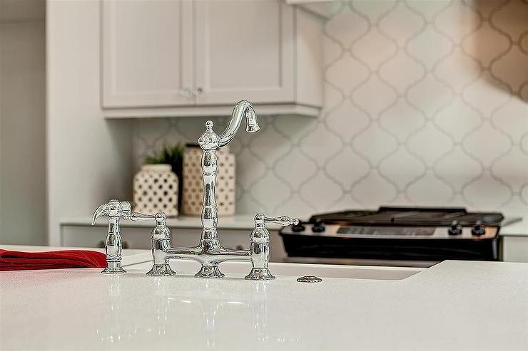 Image of: arabesque tile backsplash installation