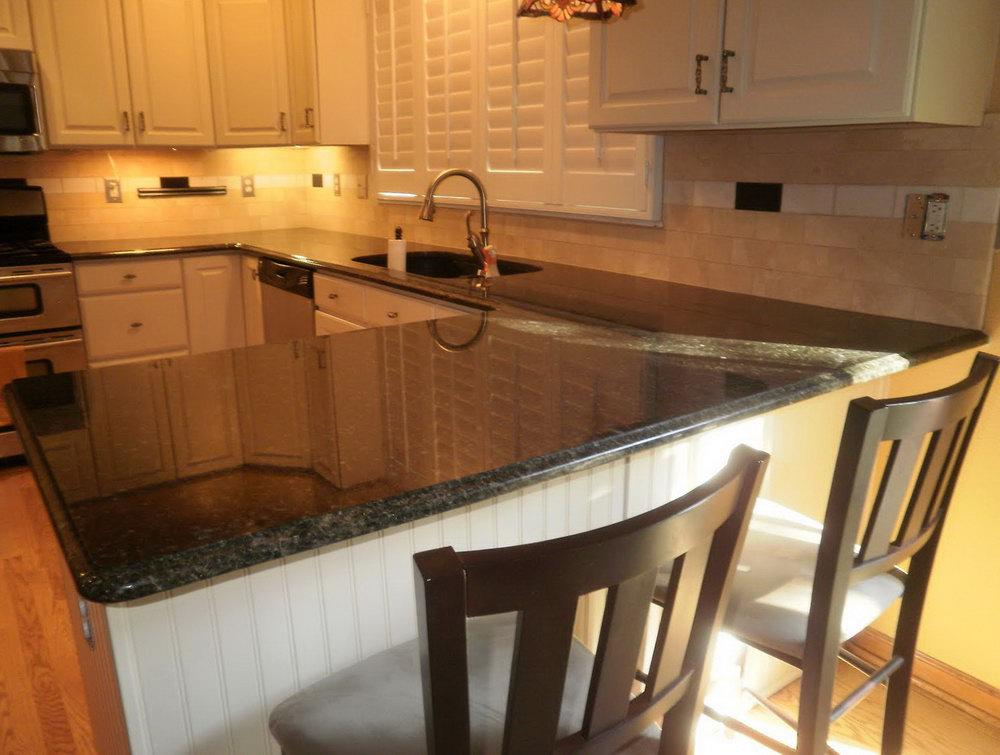 Image of: backsplash for dark cabinets and light countertops