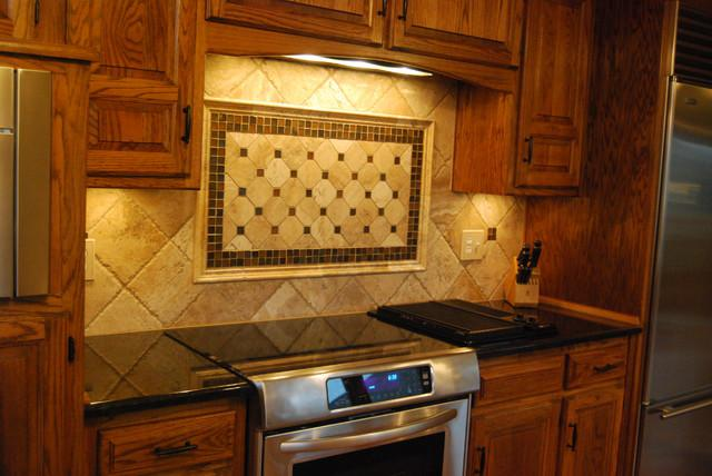 Image of: backsplash ideas with dark granite countertop