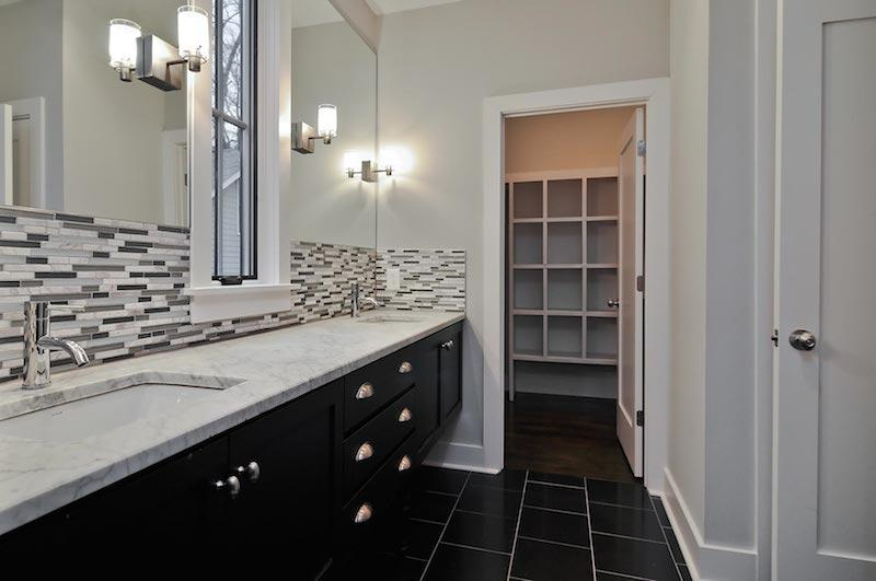 Image of: bathroom backsplash