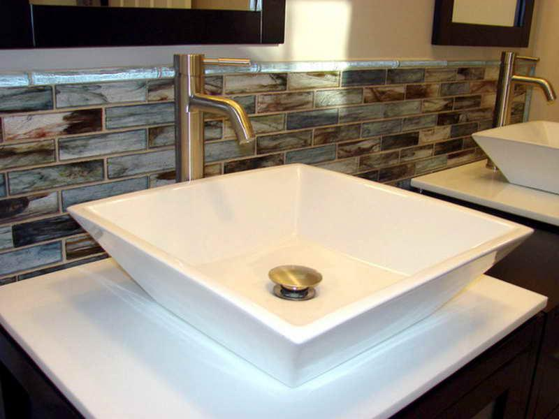 Image of: Bathroom Vanity Backsplash Designs Ideas