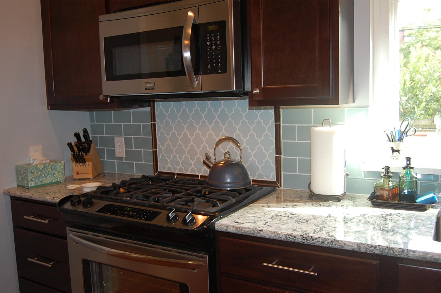 Image of: beach tile backsplash modern ideas