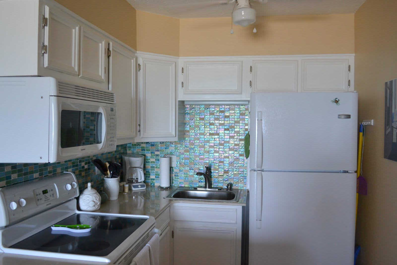 Image of: beach tile backsplash