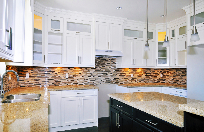 Image of: best backsplash for white cabinets