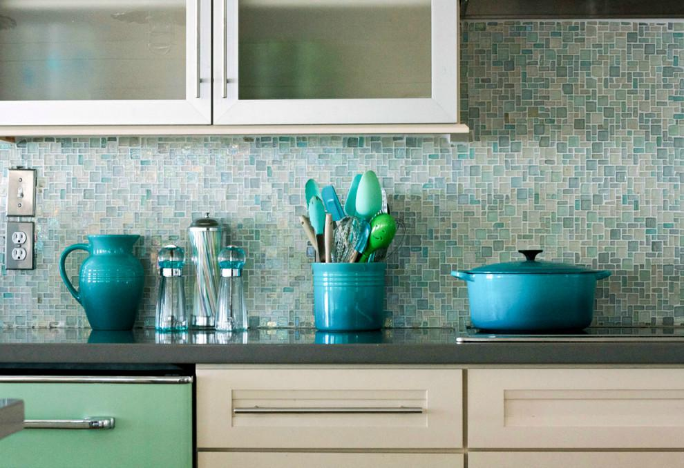 Image of: blue glass tile backsplash