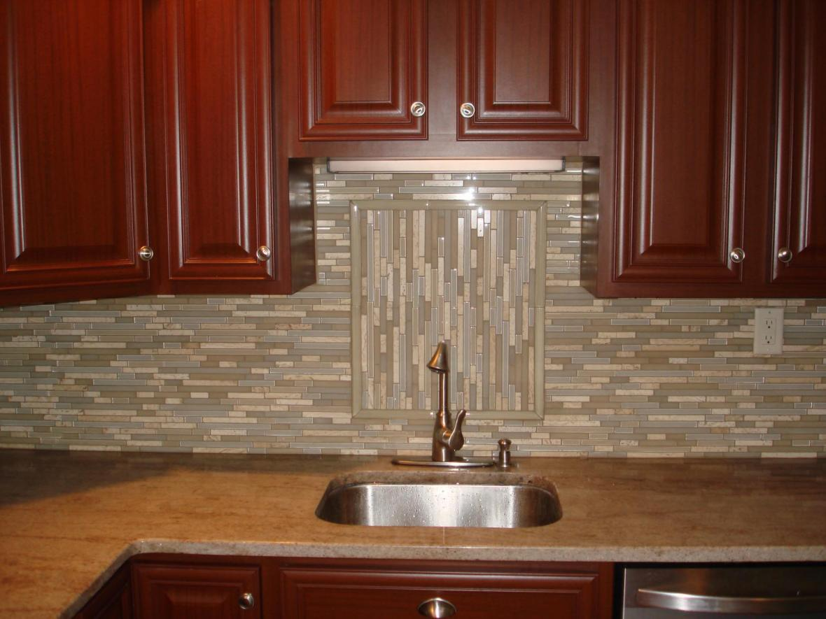 Image of: glass and stone tile backsplash