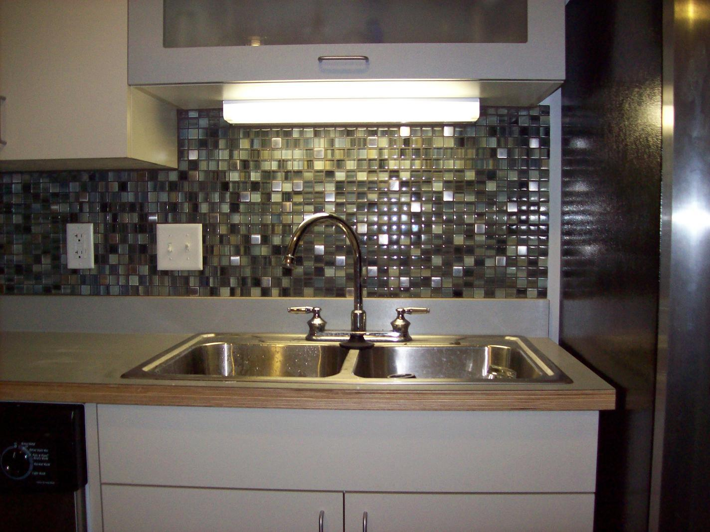 Image of: glass backsplash tile