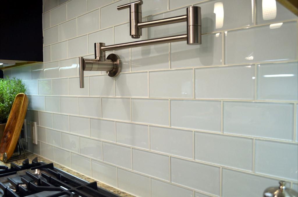 Image of: Glass Tile Backsplash Pictures Designs Ideas