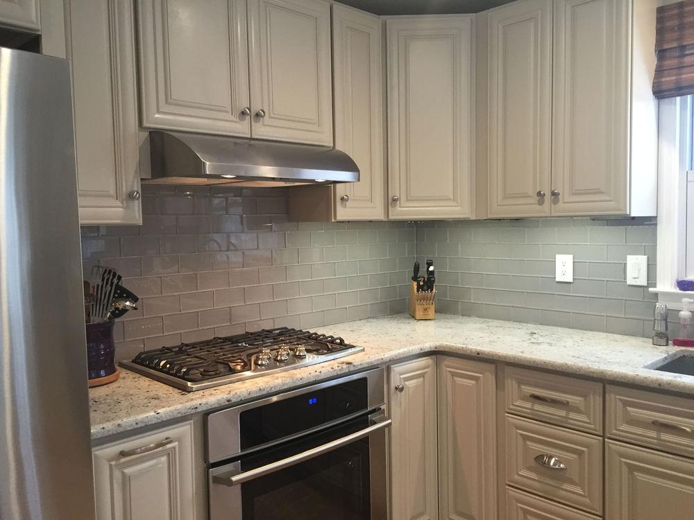 Image of: grey glass backsplash tile