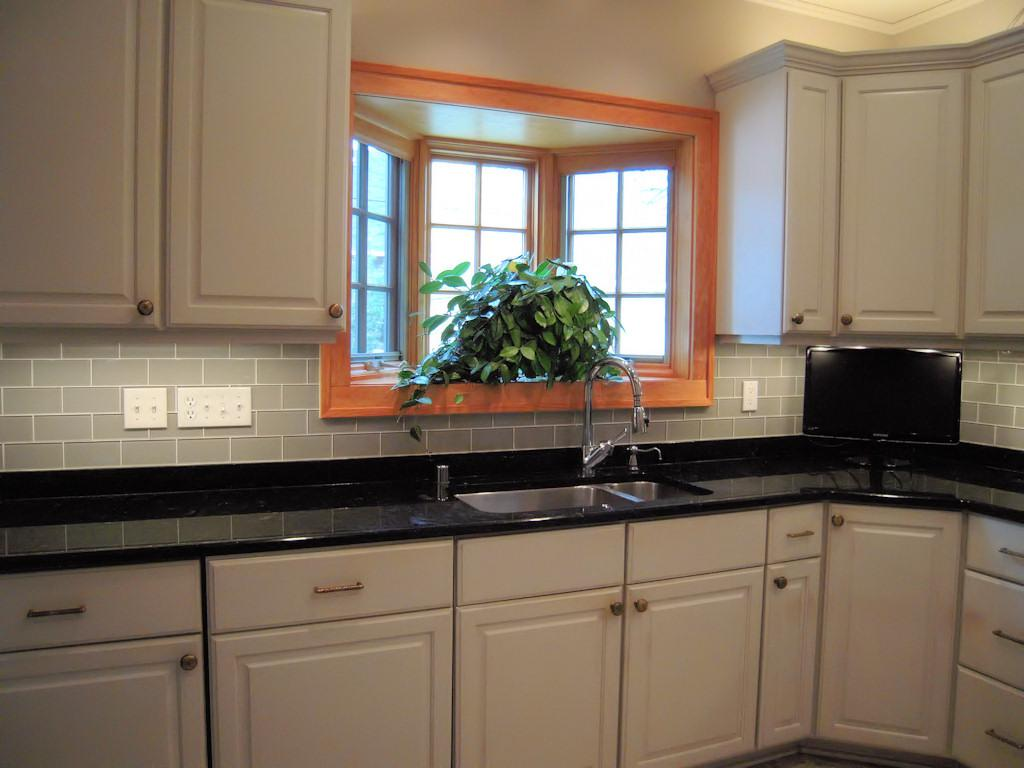 Image of: grey glass tile backsplash