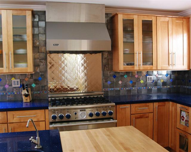 Image of: Kitchen Backsplash Accent Tile Designs Ideas