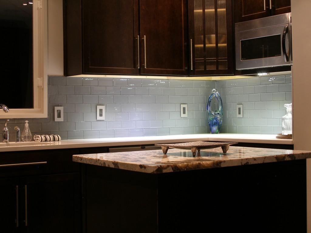 Image of: kitchen backsplashes glass