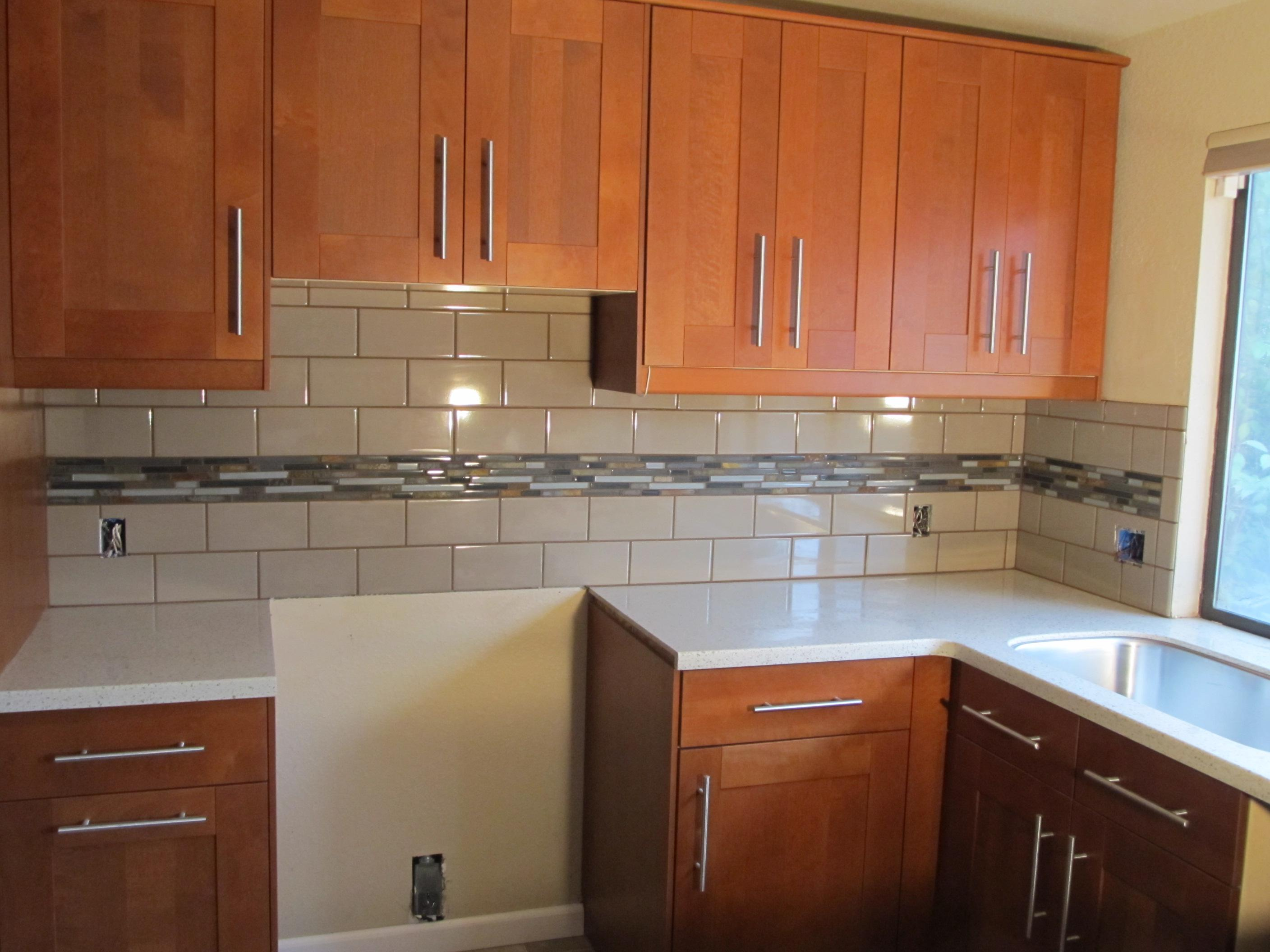 Image of: kitchen subway tile backsplash