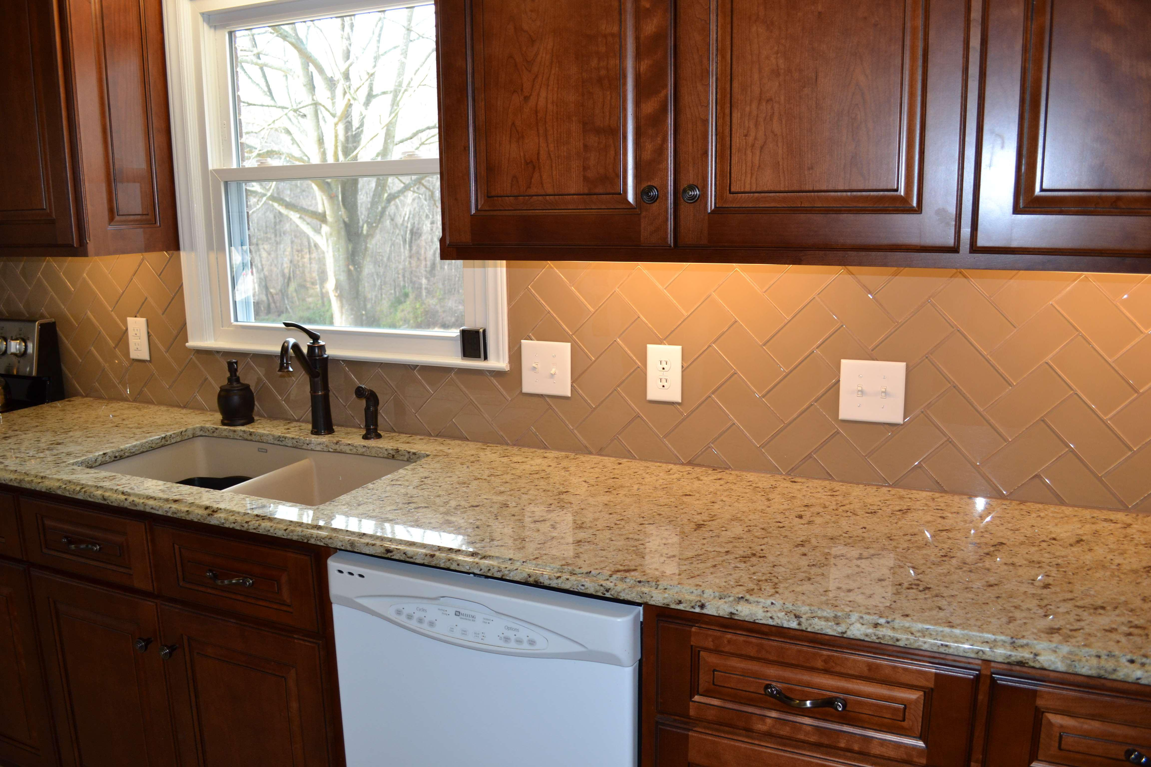 Image of: kitchen tile backsplash around window