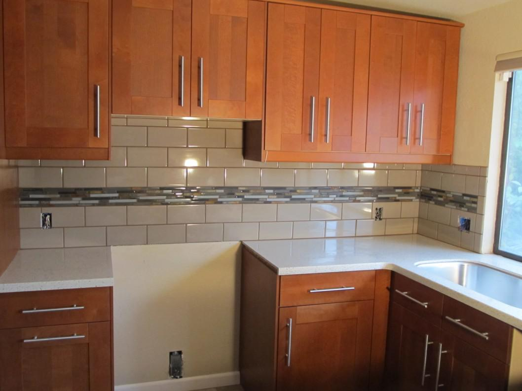 Image of: lass subway tile kitchen backsplash
