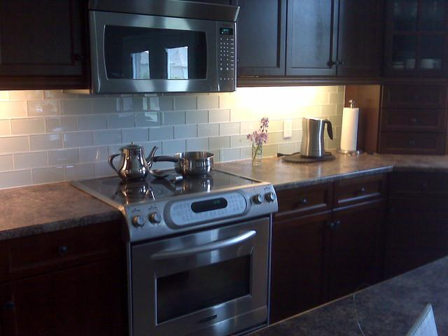 Image of: mid century modern kitchen backsplash
