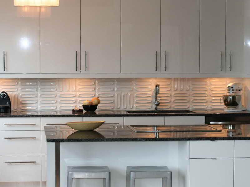 Image of: modern backsplash tile