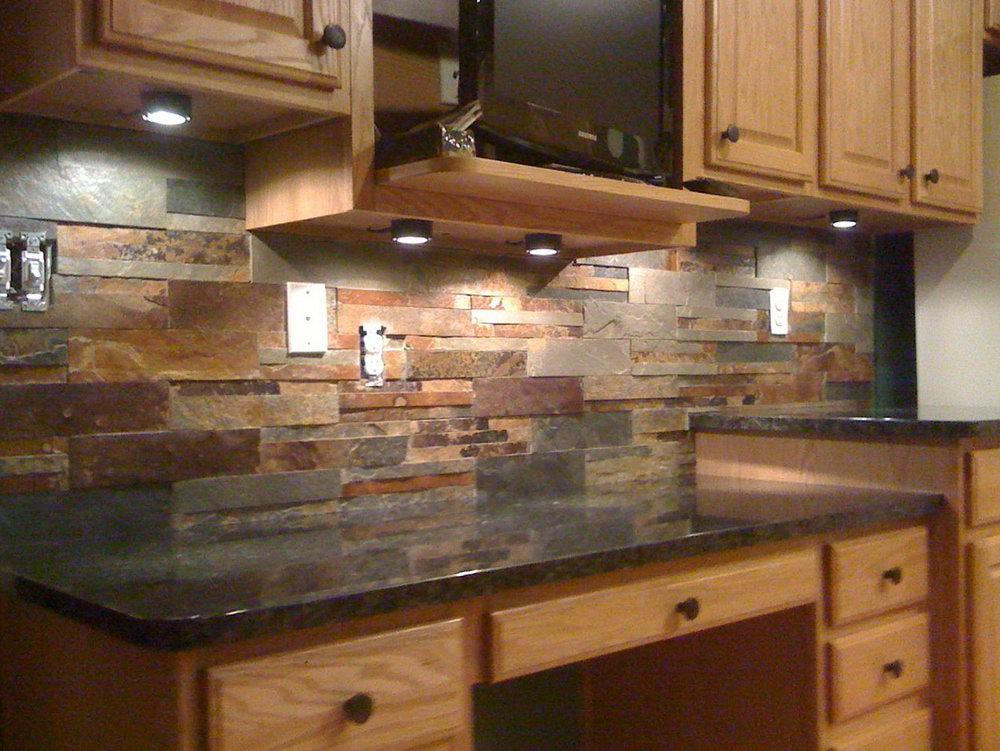 Image of: Natural Stacked Stone Backsplash Designs Ideas