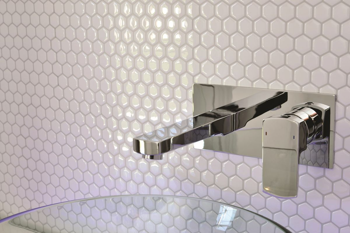 Image of: peel and stick glass tile backsplash