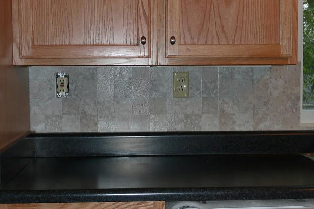 Image of: Peel And Stick Vinyl Tile Backsplash Designs Ideas