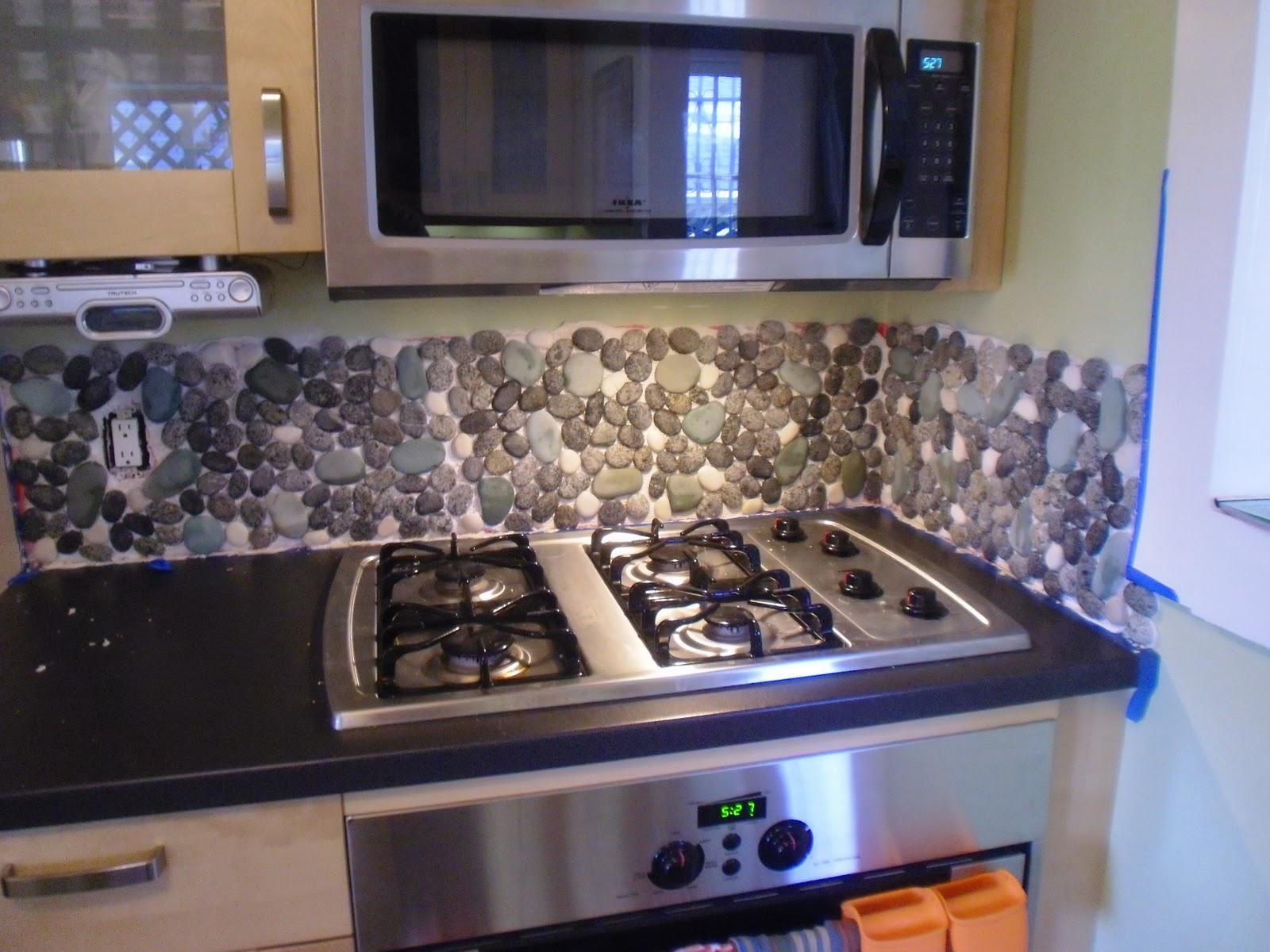 Image of: rock backsplash