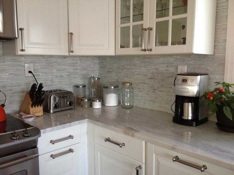 Image of: self stick backsplash tiles