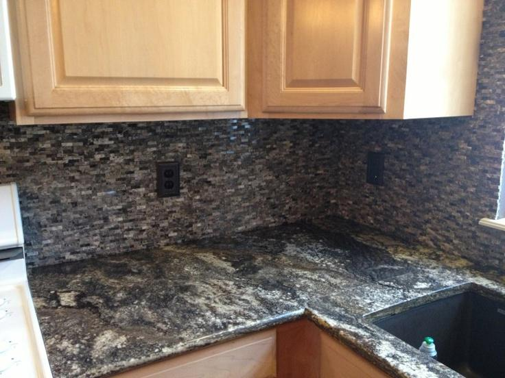 Image of: stacked stone veneer backsplash