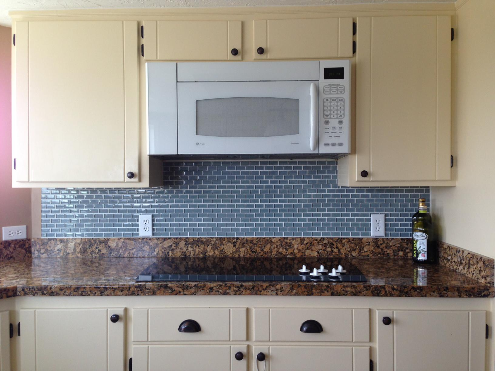 Image of: subway tile backsplash aqua