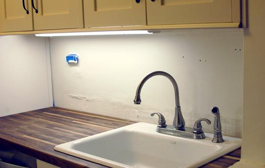 Image of: temporary beadboard backsplash