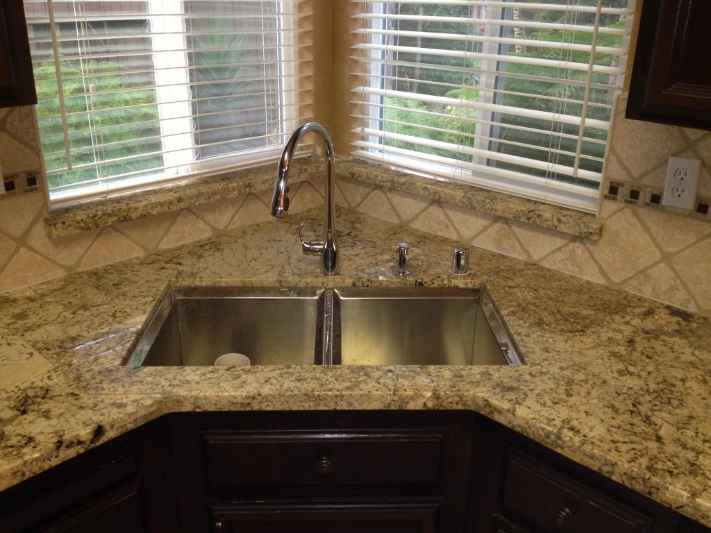 Image of: tile backsplash around window sill