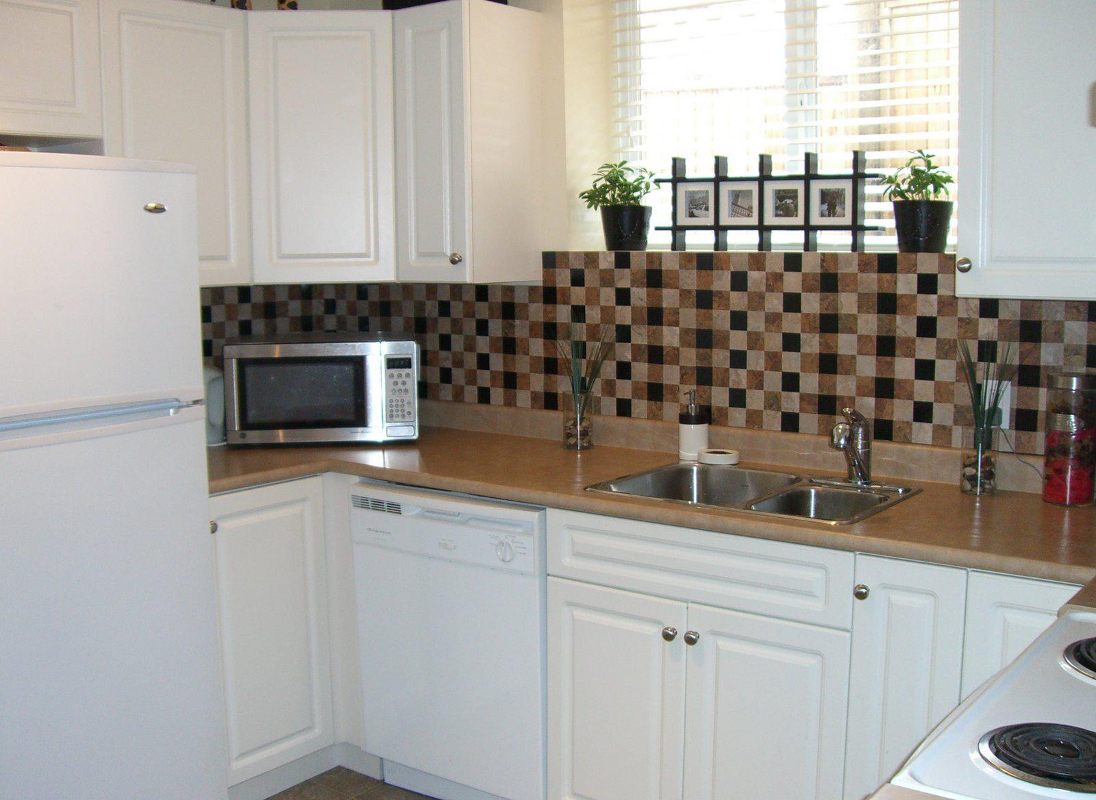 Image of: tile backsplash diy