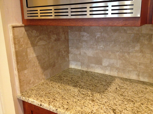 Image of: tumbled travertine subway tile backsplash