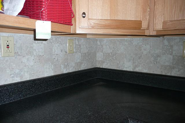 Image of: Vinyl Tile Backsplash Designs Ideas