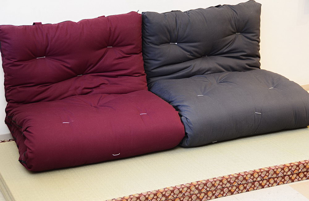Image of: Best Japanese Futon Amazon