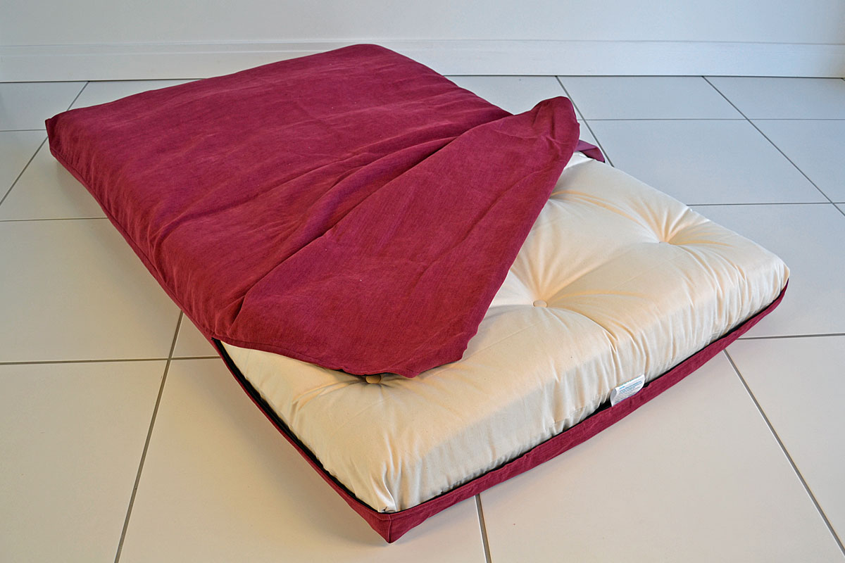 Image of: Full Size Futon Cover Bed