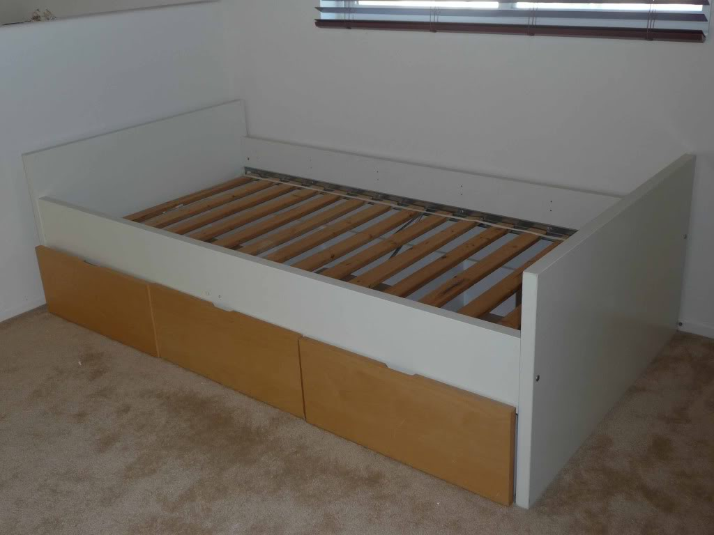 Image of: Ikea Futon Bed Frame Assembly Instructions