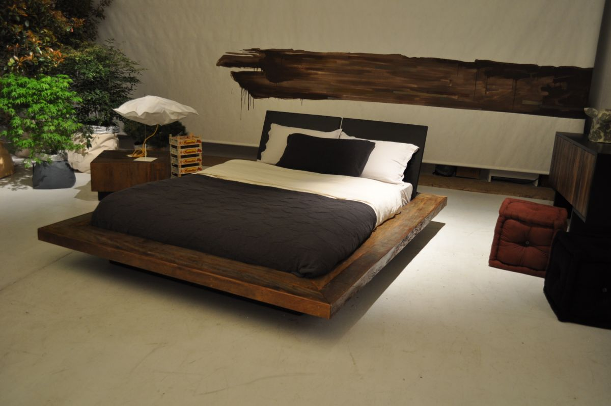 Image of: Wooden Futon Design