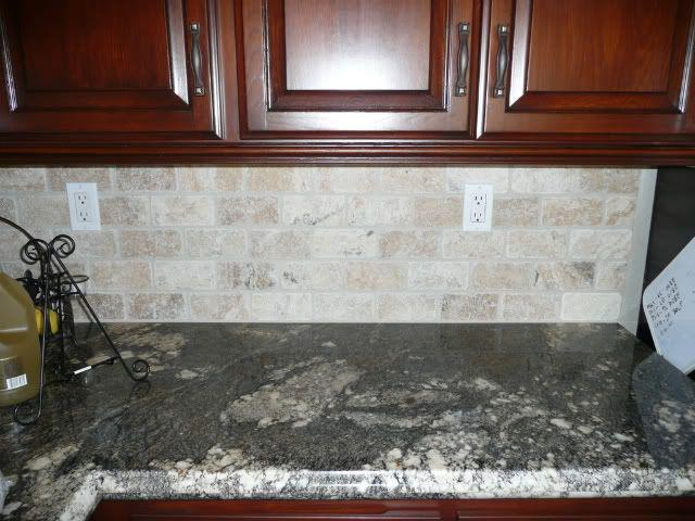 Image of: chiaro tumbled stone backsplash