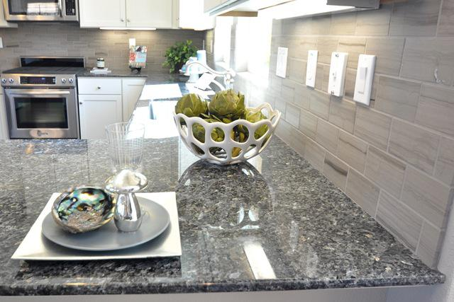 Image of: gray backsplash tile