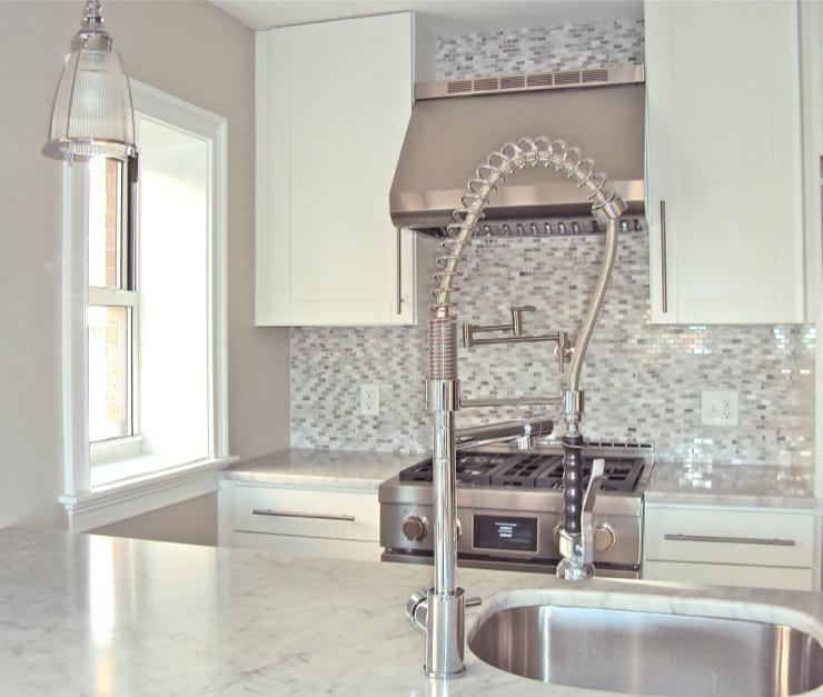 Image of: Awesome Marble Backsplash Tile Ideas