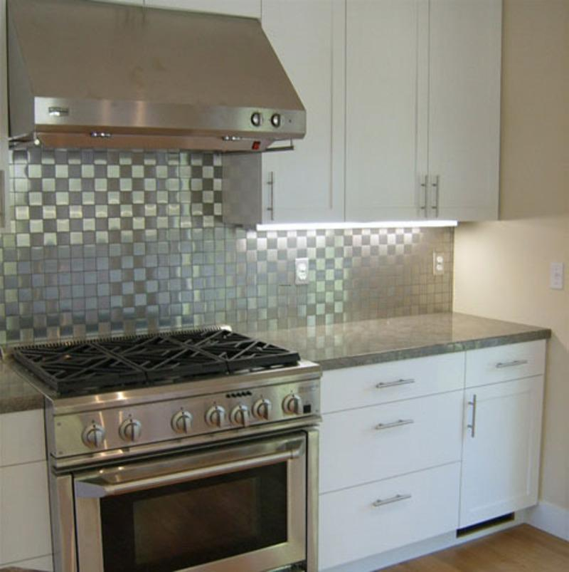 Image of: Decorative Stainless Steel Backsplash Tile Ideas